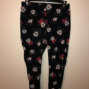 Mickey and Minnie leggings!